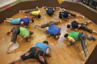 [REPORTAGE] Dans les salles de sport iraniennes, on se muscle le corps et l'esprit